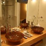 TV in bath, Bath has awesome body sprays