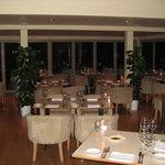 Foto The Auberge Bar & Restaurant