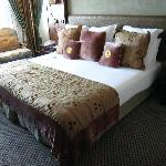 Room 542 - King-size bed