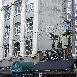 The Kingston and adjacent pub/grill