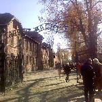 Auschwitz gate (18676338)