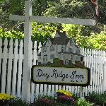 Dry Ridge Inn