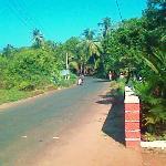 road outside hotel towards Malvan