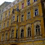 In diesem wunderschönen Wiener Altbau befindet sich das B&B Stadtnest