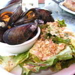 mussels and salad