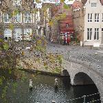 Vue de la chambre sur le canal