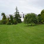 B&b's wonderful garden