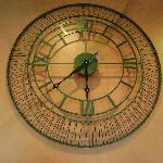 Wall clock at Nosh