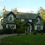 Cedar Manor