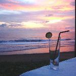 Sunset with a Long Island Tea at The Samaya