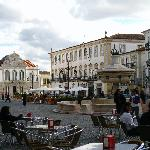 Main square in Evora, Giraldo Place