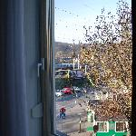 double vitrage de la fenêtre!!(stand à saucisses dehors)