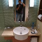 Suite Bath 3