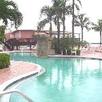 Pool and restaurant at Lover's Key Resort