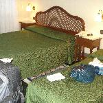 3 person room