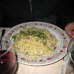 Clams n spaghetti dish