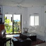 Suite 8- living room
