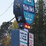 Moby Dick Lodge & Marina
