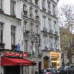 Hotel Diana in the Rue St, Jacque