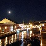 レンガ倉庫の運河、15夜の夜景
