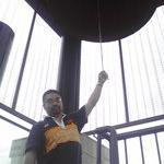 中伊豆ワイナリー シャトーT.Sの屋上にある「志の鐘」です。