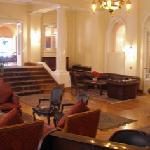 Lobby / sitting room