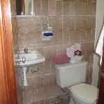 Wonderful, clean bathroom with plenty of hot water