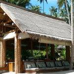 beach bar loungers