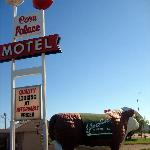 Corn Palace Motel