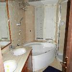 bathtub at Baccina 92