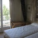 Saronicos Hotel Athens