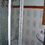 swallow cottage  bathroom tight is the word if you are broader than a cistern you wont get in