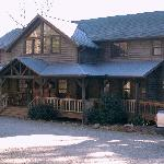 The Bent Creek Lodge