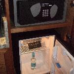 Minibar and safe