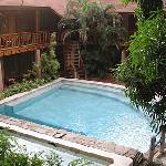 El Galleon pool area