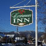 Cranmore Inn Sign with mountains