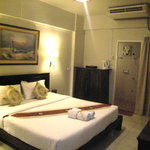 Nawarat Resort & Serviced Apartment Hotel