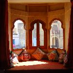 A view beyond the haveli