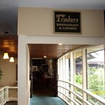 Foto de Traders Restaurant and Tiki Lounge
