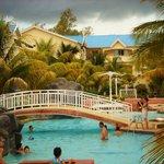 Pool & residence