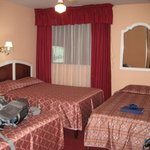 Manhattan Inn Room