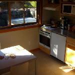 kitchen & outdoor hottub