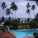 swimming pool and Indian Ocean