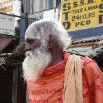 Thiruparamkundram - sadhu