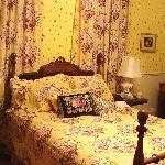 Yellow Rose Room