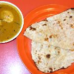Egg curry and Garlic naan