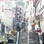 Ishidan-gai (upper part) / 石段街(上の方)