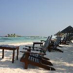 beach and reef club bar