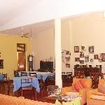 The living room / restaurant