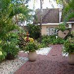 Courtyard/Entrance